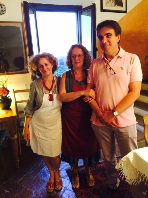 Manuela and Silvio with Manuela's sister.