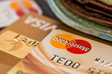 The True Cost of Putting Holiday Gifts on Your Credit Card