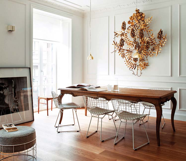 classy-white-dining-room-decorating
